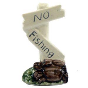 "CLASSIC ""NO FISHING"" SIGN 5"""